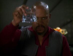 Benjamin Sisko toasts the good guys