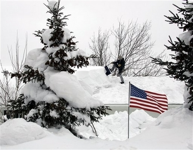 2007NYSnowStormAmericanFlag
