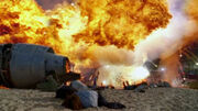 1x01-explosion-hurley