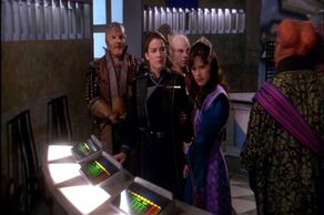 Delenn, Ivanova and G'Kar face the League