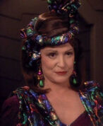 Lwaxana troi