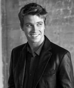 Garrett hedlund
