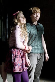 Lavender Brown and Ron Weasley 02