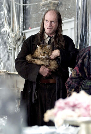 Filch &amp; mrs. norris-1-