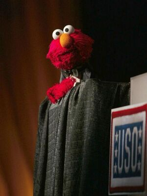 Elmo at the USo