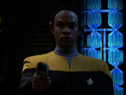 Tuvok possessed by the Komar