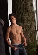 New-moon-movie-pictures-952