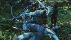 Neytiri protects Jake