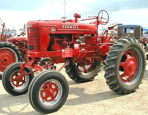 McCormick-Deering Farmall MV 1945