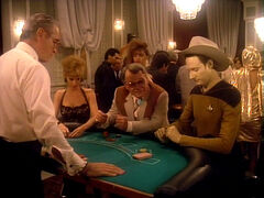 Data spielt Blackjack