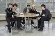 The-cullens-twilight-series-2552855-725-483