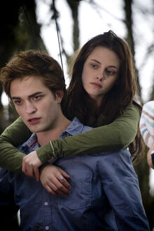 (R)twilight-bella-and-edward23