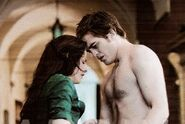 Edward and bella in volterra