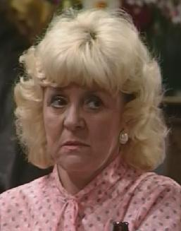 http://images1.wikia.nocookie.net/__cb20100813214940/coronationstreet/images/a/a2/Ivy_brennan.jpg