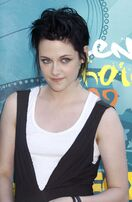 Kristen-stewart-gets-anxious-before-her-10896