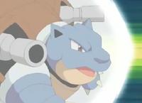 Pokemons de Kanto! 200px-EP272_Blastoise_de_Gary_usando_Cabezazo