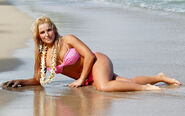 Natalya Neidhart 25