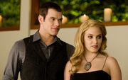 Emmett-cullen-rosalie-hale-1920x1200