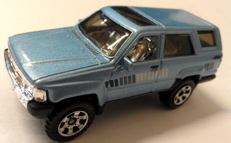 Outdoor Sportsman Toyota Blue Runner Jurassic World