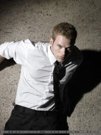 Kellan Lutz 68