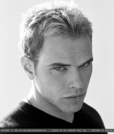 Kellan Lutz 72