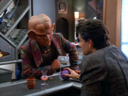 Quark bargains for Mazur's gambling device