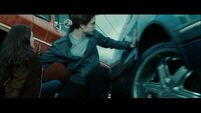 Edward-stops-car