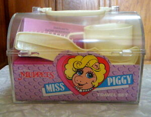 Miss piggy travel set
