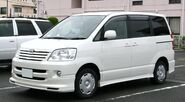 2001-2004 Toyota Noah