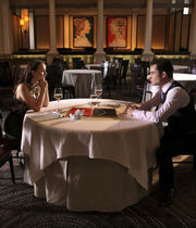 Blair chuck gossip girl season 4 war at the roses treaty