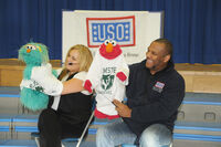 USO-Elmo&amp;RositaEducationTour-Germany2010-Sesame Day2 3