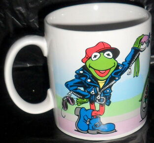Presents 1991 kermit green machine mug 1