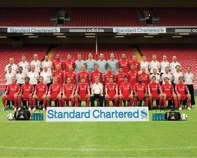 LiverpoolSquad2010-2011.jpg