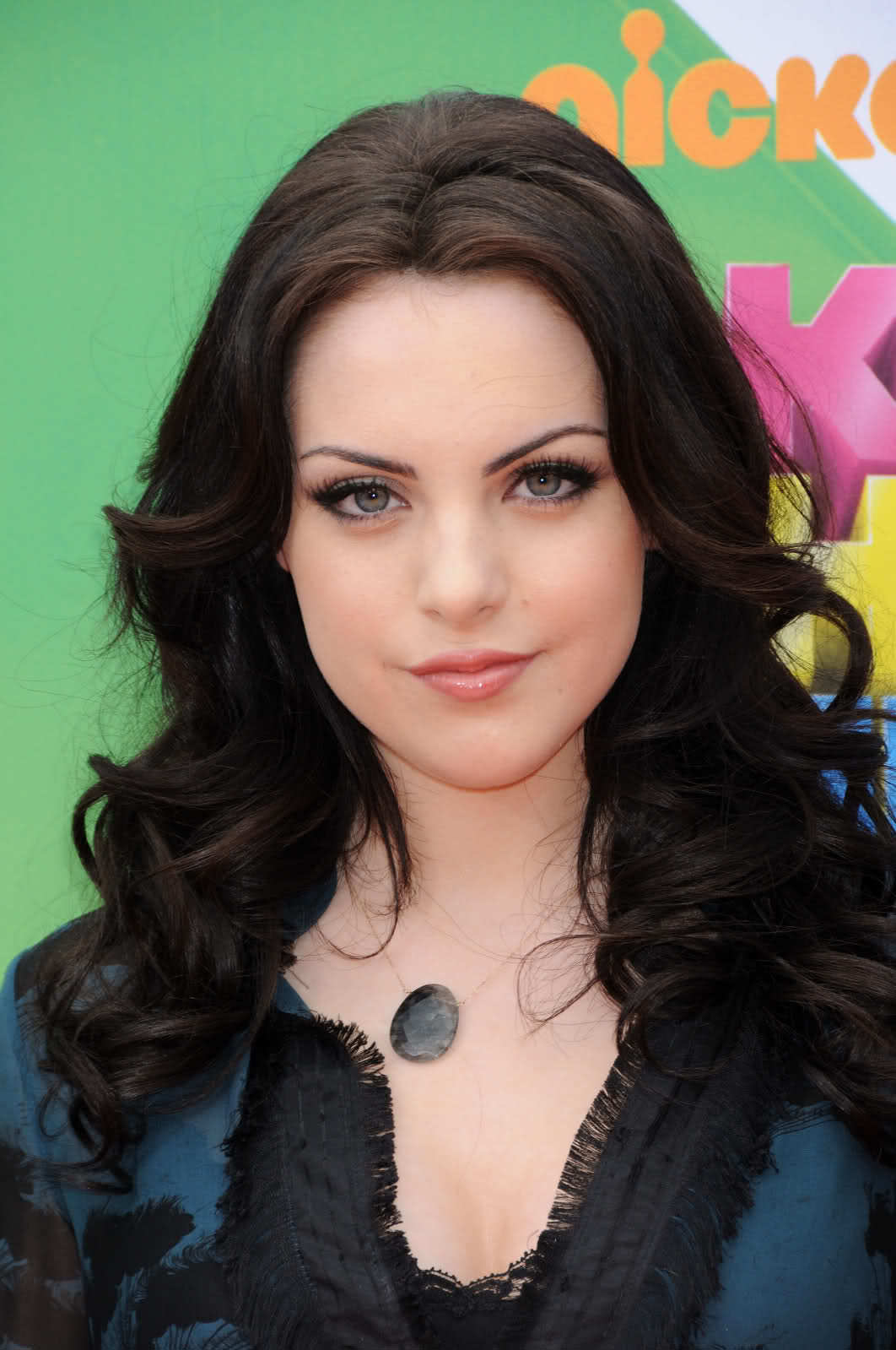 liz gillies black hair