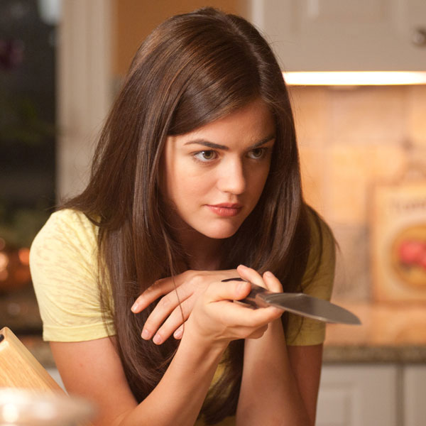 Lucy hale scream 4