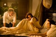 Robert-Pattinson-Kristen-Stewart-Twilight-Saga-Breaking-Dawn-Part-1-image-3