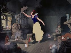 Snowwhite-disneyscreencaps com-3059