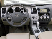 131 0703 09 z-2007 toyota tundra-steering interior