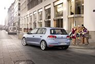 2009-Volkswagen-Golf-6