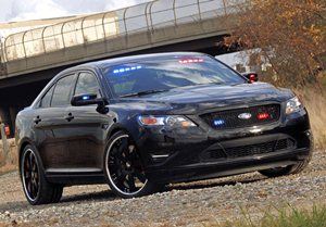 Ford-Taurus-Police-Interceptor-9small