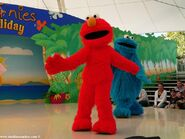Gold coast sea world sesame street elmo