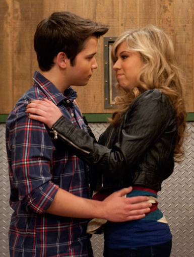 Are sam and freddie dating in sam and cat
