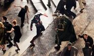 The-avengers-os-vingadores-fotos-do-set-captain-america-vs-loki-03