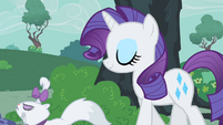 Rarity and Opal walk S1E24