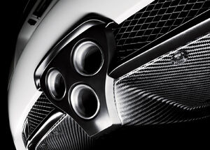 Lexus-lfa 2011 exhaust