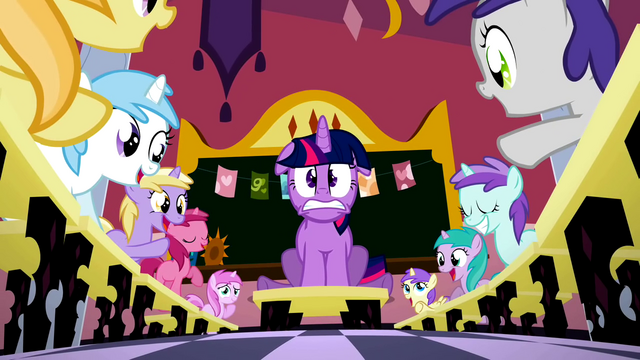 File:Twilight Sparkle Magic kindergarten S2E3.png