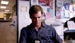 1x01 Dexter 54