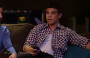Degrassi-lookbook-1113-drew