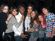 VicTORIous-Cast-victorious-cast-19936214-600-450