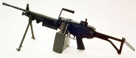 800px-M249 FN MINIMI DA-SC-85-11586 c1